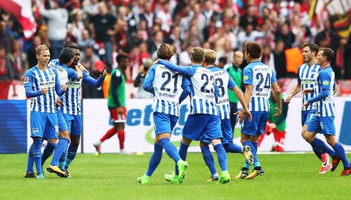 «Бавария» прошляпила победу над «Гертой» впервом матче под управлением Саньоля