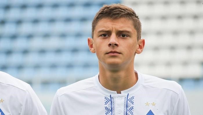 Динамо подписало новый контракт с центральным защитником