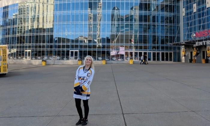 Фанатка Нэшвилла перепутала город и не попала на матч НХЛ