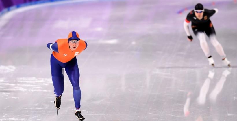 Конькобежец Крамер вновь с олимпийским рекордом выиграл 5000 метров