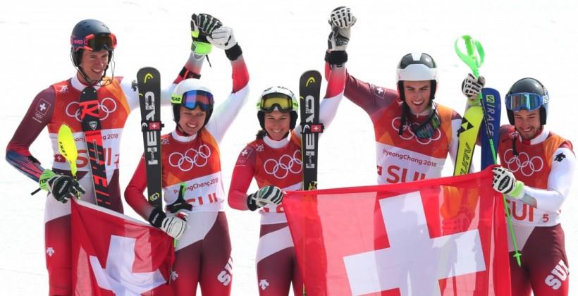 Швейцарцы — олимпийские чемпионы по горным лыжам в команде