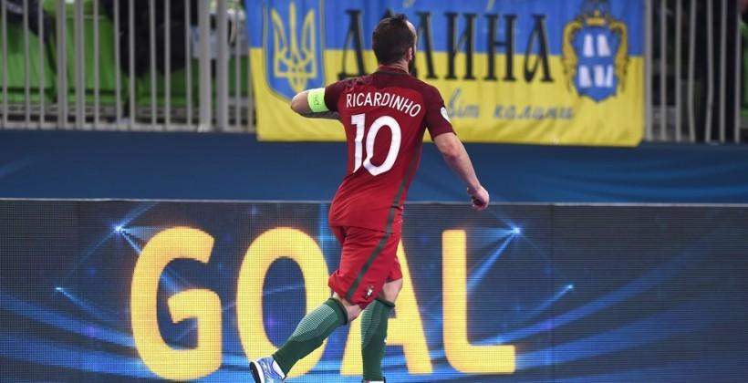 Португалия отгрузила Азербайджану восемь голов и вышла в полуфинал футзального Евро