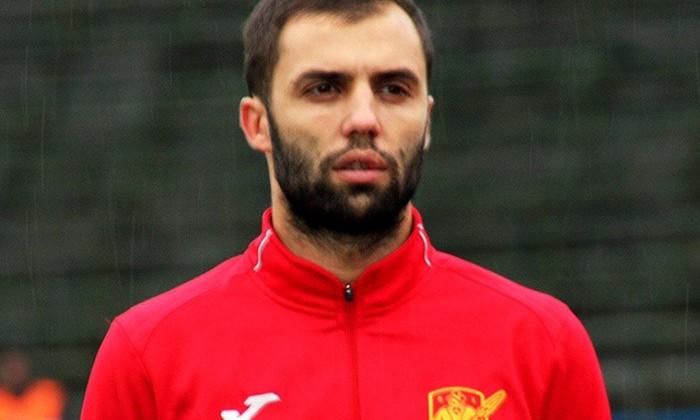 Інгулець в матчі з п'ятьма голами обіграв Авангард