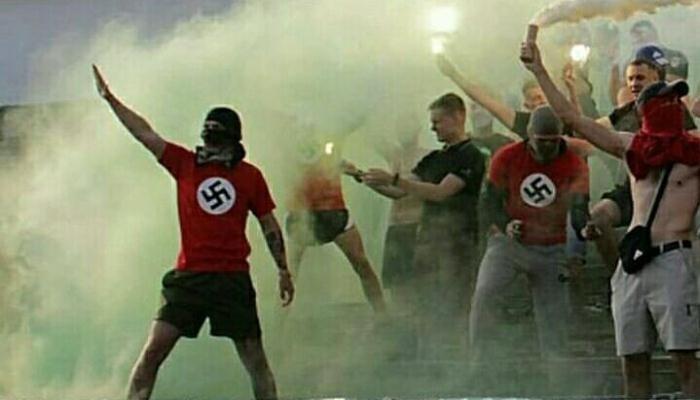 Полиция открыла дело из-за футболок фанатов Нивы-В со свастикой