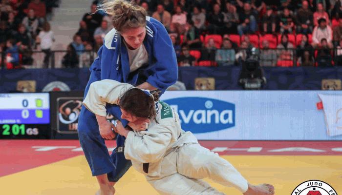 Украинка Каланина выиграла золото на соревнованиях по дзюдо Grand Slam