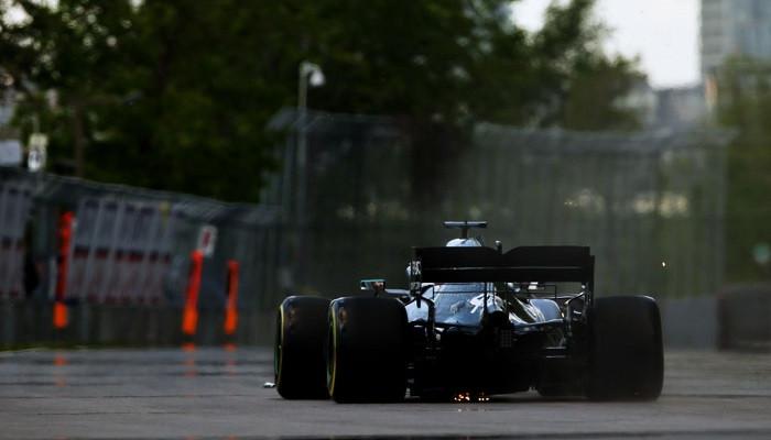Формула 1 Льюис Хэмилтон