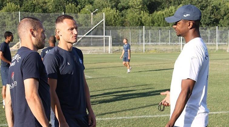 Олимпик провел первую тренировку под руководством Жулио Сезара