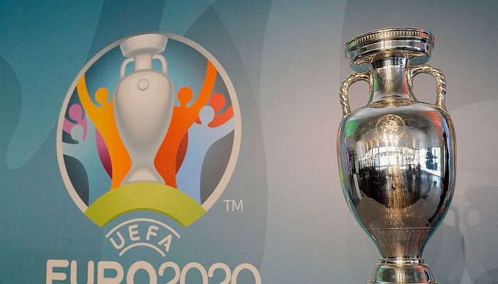 Журналіст: УЄФА схиляється до проведення Євро-2020 на території однієї країни