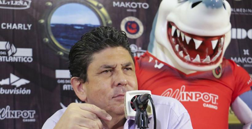 В Мексике команда встала в знак протеста, а соперник забил дважды