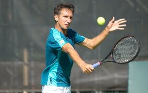 Стаховский победил Молчанова и вышел в полуфинал парного турнира в Праге