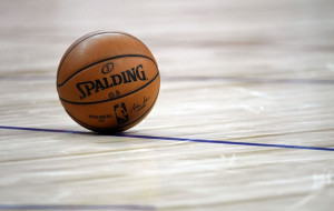 Видовищний данк Кема Джонсона – момент дня в НБА (відео)