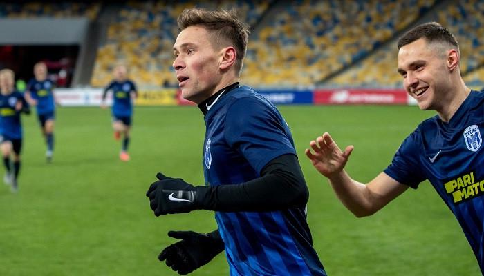 Александр Филиппов в нынешнем сезоне провел за Десну 26 матчей во всех турнирах, забив 17 голов и сделав 2 ассиста. Футбол Украины