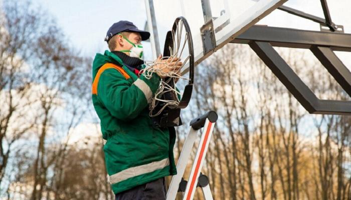 В литовском городе из-за коронавируса демонтировали баскетбольные кольца