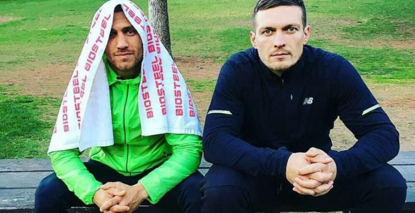 «Но пораженья от победы, Ты сам не должен отличать». Усик поддержал Ломаченко после поражения от Лопеса