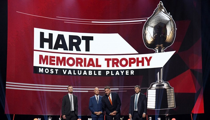 НХЛ назвала финалистов в борьбе за Трофей Харта