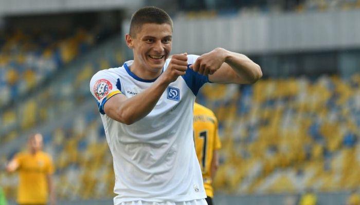 Манчестер Юнайтед пропонував Динамо варіант з орендою і подальшим викупом Миколенка – ТаТоТаке