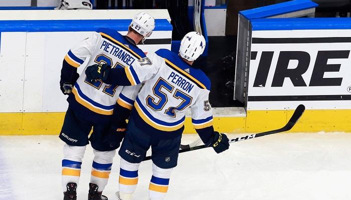 Плей-офф НХЛ: Филадельфия и Ванкувер вышли во второй раунд