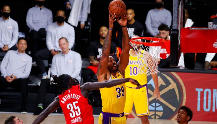 Плей-офф НБА: Оклахома в овертаймі дотиснула Х'юстон, перемоги Лейкерс, Мілуокі та Майамі