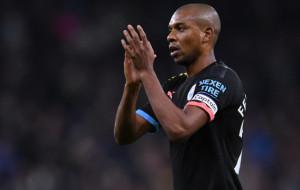 Манчестер Сіті веде переговори з Фернандіньйо про продовження контракту