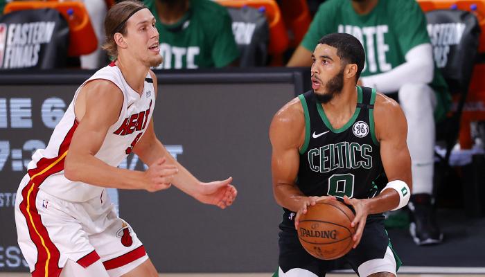 Плей-оф НБА: Бостон скоротив відставання від Майамі