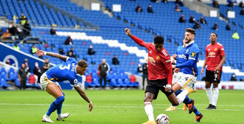 Манчестер Юнайтед вырвал победу над Брайтоном. Победный гол был забит после финального свистка