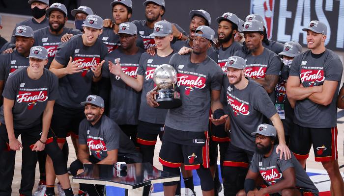 Майами и Лейкерс сыграют в финале НБА