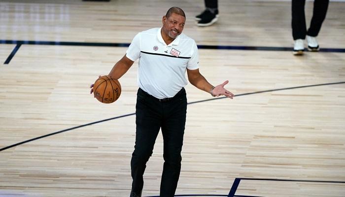 Клипперс уволили Риверса с должности главного тренера