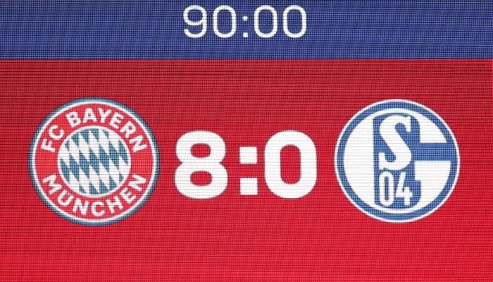 Шальке став першою командою Бундесліги, яка пропустила 10 голів у двох стартових турах