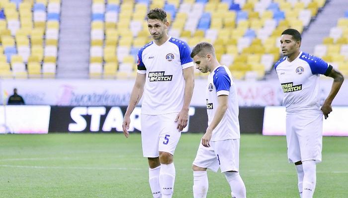 Два футболиста ПФК Львов сдали положительный тест на COVID-19