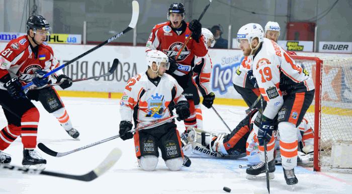 Финал УХЛ: Кременчуг разгромил Донбасс и сравнял счет в серии