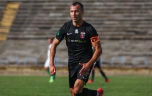 Лідер Першої ліги Верес продовжив контракт з капітаном Шестаковим
