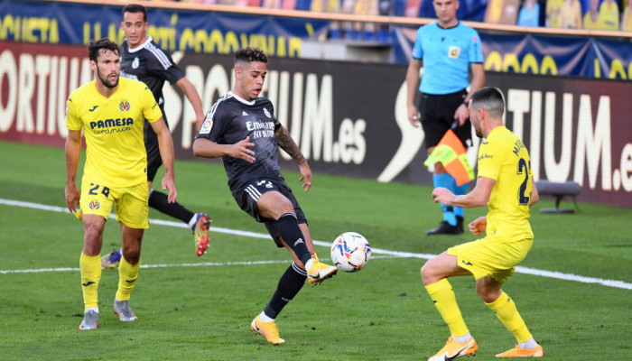 Реал на выезде сыграл вничью с Вильярреалом