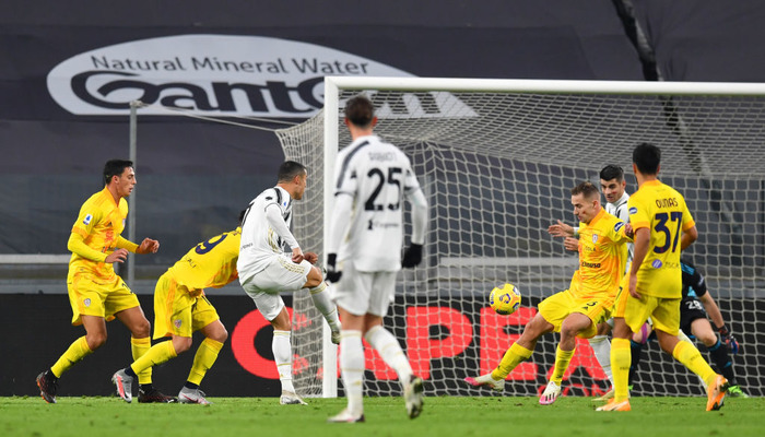 Дубль Роналду приніс Ювентусу перемогу над Кальярі