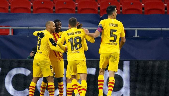 Игроки Барселоны пошли на снижение зарплаты. Клуб сохранит 172 млн евро