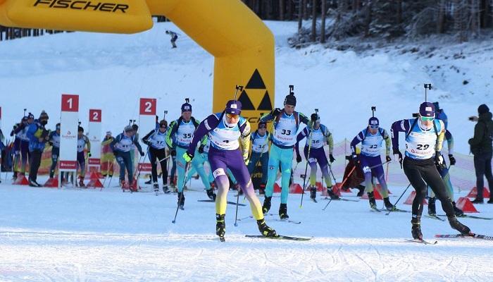 На ЧУ з біатлону пройшли дві естафети. Тищенко виграв четверту гонку поспіль