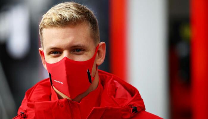 Син Міхаеля Шумахера Мік став чемпіоном Формули-2