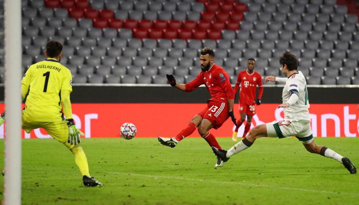 Бавария на своем поле разобралась с Локомотивом