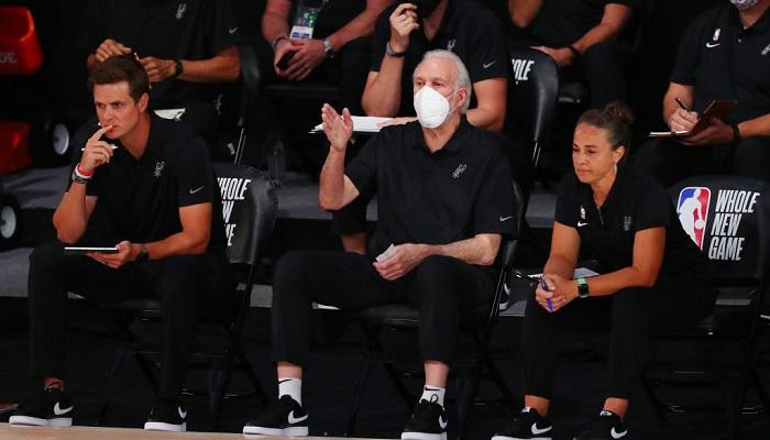 Тренеров НБА обязали носить маски во время матчей и тренировок