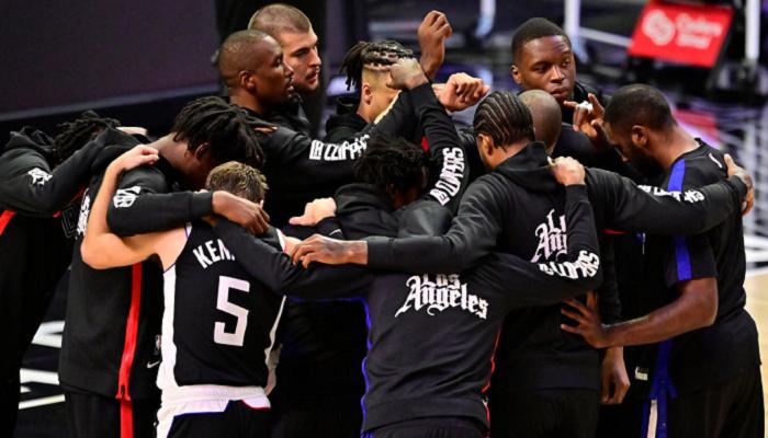 НБА: Клипперс обыграли Портленд, победы Бруклина и Нью-Йорка