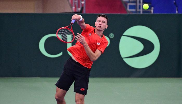 Стаховский обыграл казахстанца Попко в первом раунде турнира в Праге