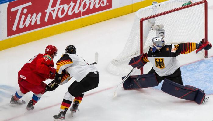 Росія перемогла Німеччину і вийшла в півфінал молодіжного ЧС з хокею