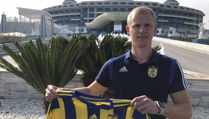Перемога може підписати екс-захисника Чорноморця Слінкіна