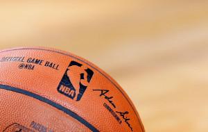 Аллей-уп Гаффорда с фолом — момент дня в НБА (видео)