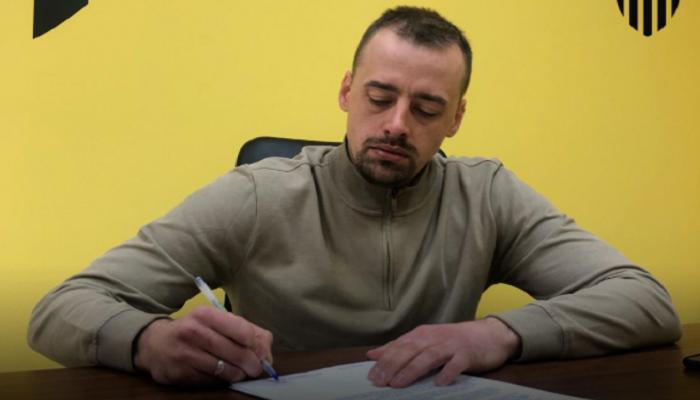 Буковина призначила тренером 32-річного Коваленка