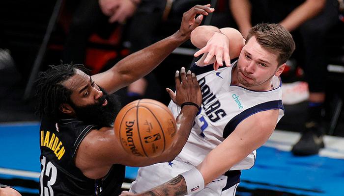 НБА: Бруклин уступил Далласу, победы Нью-Йорка, Кливленда и Денвера