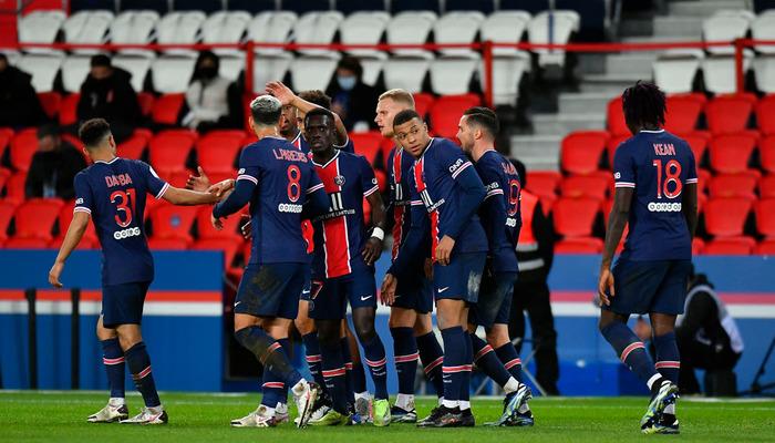 ПСЖ разгромил Анже и вышел в полуфинал Кубка Франции
