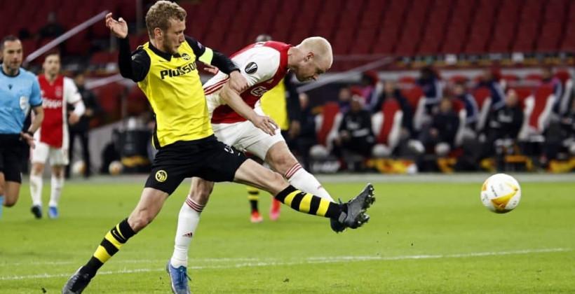 Аякс разгромил Янг Бойз в первом матче 1/8 финала Лиги Европы