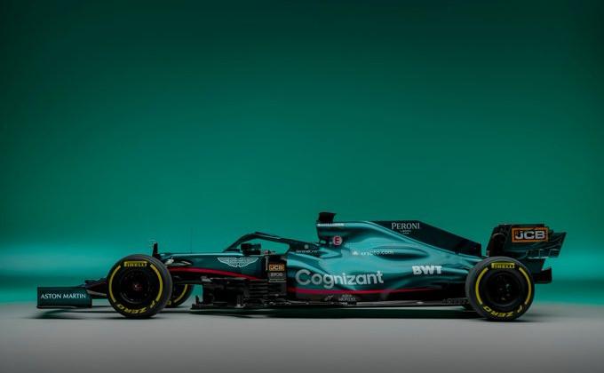 Астон Мартин представил болид на предстоящий сезон Формулы-1