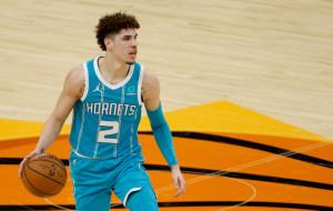 ЛаМело Болл признан новичком года в НБА