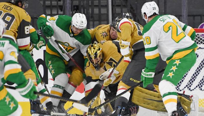 НХЛ: Торонто разгромил Эдмонтон, победы Вегаса и Сент-Луиса